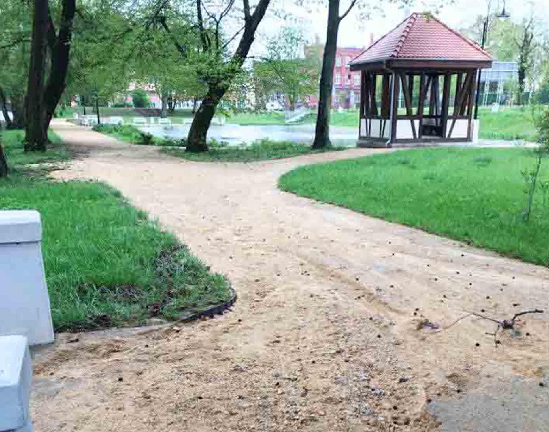 Park Dworski w opałach